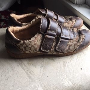 VTGE Coach leather shoes w/ straps